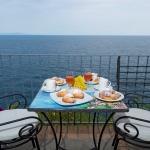 colazione vista mare euroconca