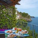 terrazzo colazione vista mare